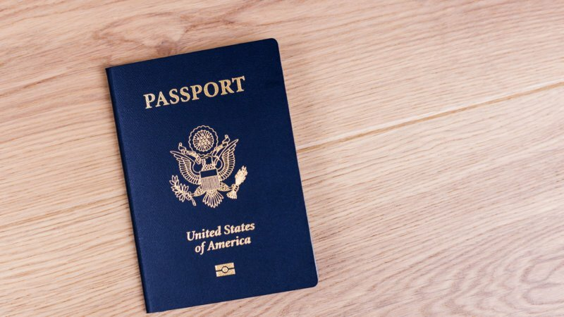 Where can SA passport holders move on vacation without a visa?